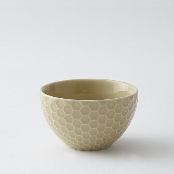 Stylish Highlight Of 12 Honeycomb Pattern: Dip Bowl With A Honeycomb Pattern