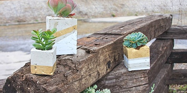 18 Ideas Of DIY Wedding Decorations For Spring : DIY Cement Planter
