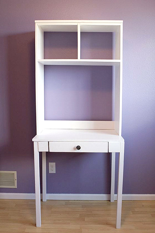 Wall Mounted Desks For Saving Space: DIY Hutch Desk
