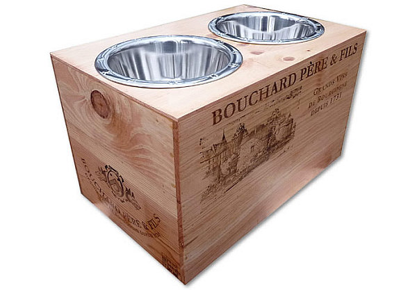 Creative DIY Ideas Of Recycled Wine Crates: DIY Wine Crate Turned Elevated Dog Feeder