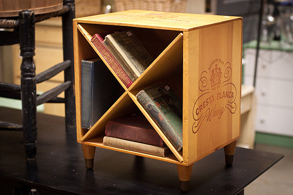 Creative DIY Ideas Of Recycled Wine Crates: DIY Wine Crate Turned Nightstand