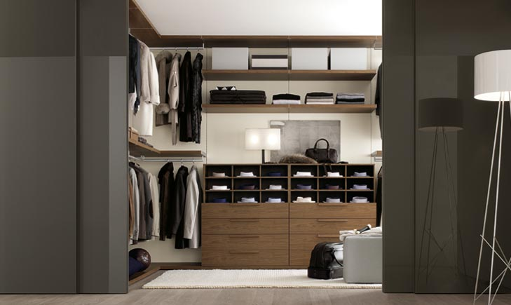 Walk In Wardrobe Designs For Well Organized Clothing: Elegant Modern Minimalist Sliding Door Walk In Wardrobe Designs