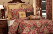 Ethnic Moroccan Bedspread Delivers More Alive And Cheerful Nuance : Elegant Traditional Bedroom Design Red Moroccan Bedspread Tufted Headboard