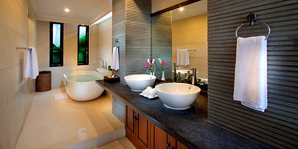 Amazing Tropical Bathroom Design Comes With The Unexpected Idea: Exotic Modern Bathroom