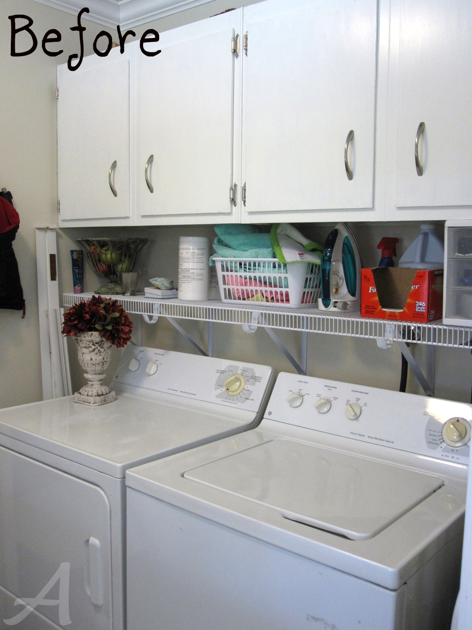Stunning Laundry Room Organization Ideas For A Limited Space : Fabulous Modern Style Laundry Room Organization Ideas In White