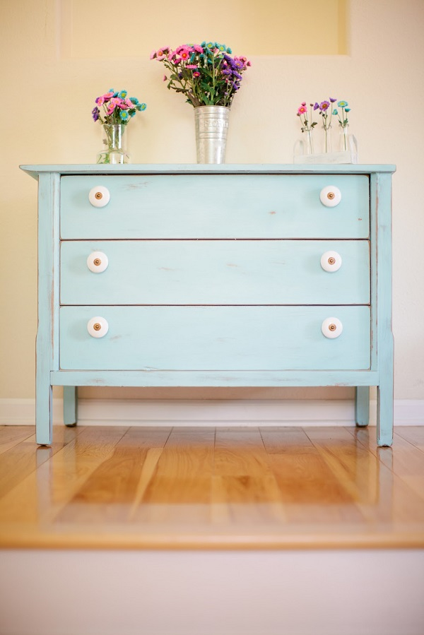 Colorful Bedroom Dressers With Bright Color Concept : Fascinating Powder Blue Shabby Chic Dresser With Floral Vase1