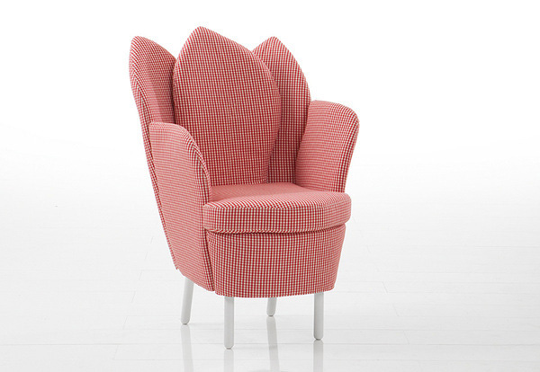 Astonishing Contemporary Chair Resembling The Blooming Flower: Funky Furniture Morning Dew Chair