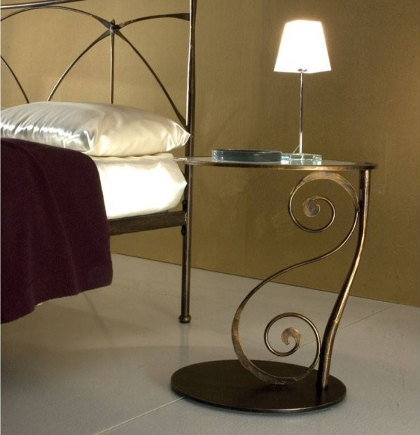 Elegant Wrought Iron Bed To Make Your Bed Looks More Beautiful: Galle 2 Wrought Iron Bedside Table With Ricciolo Scroll Decoration