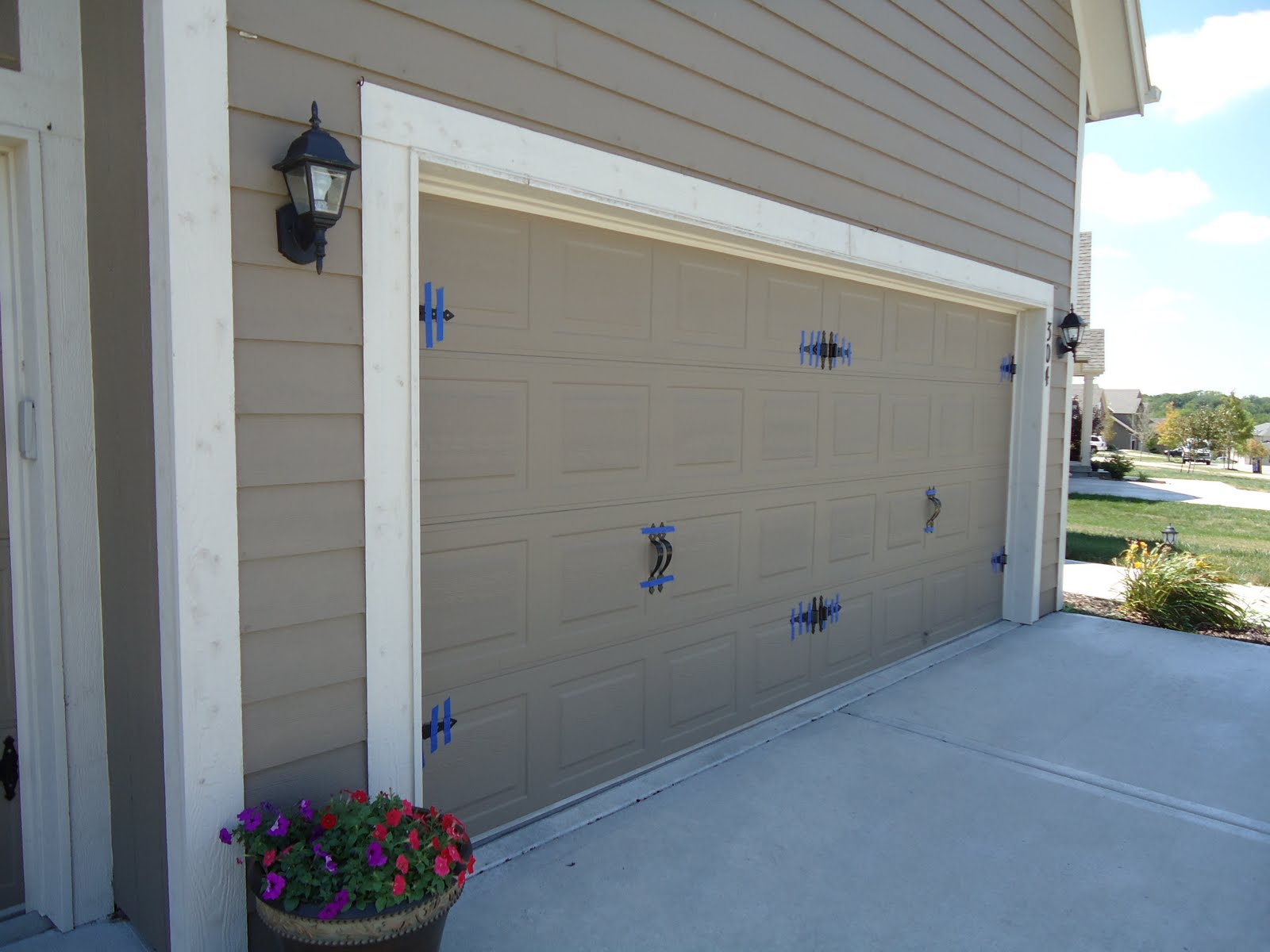 Fine Designed Garage Door Makeover For Your True Inspiration : Garage Door Makeover