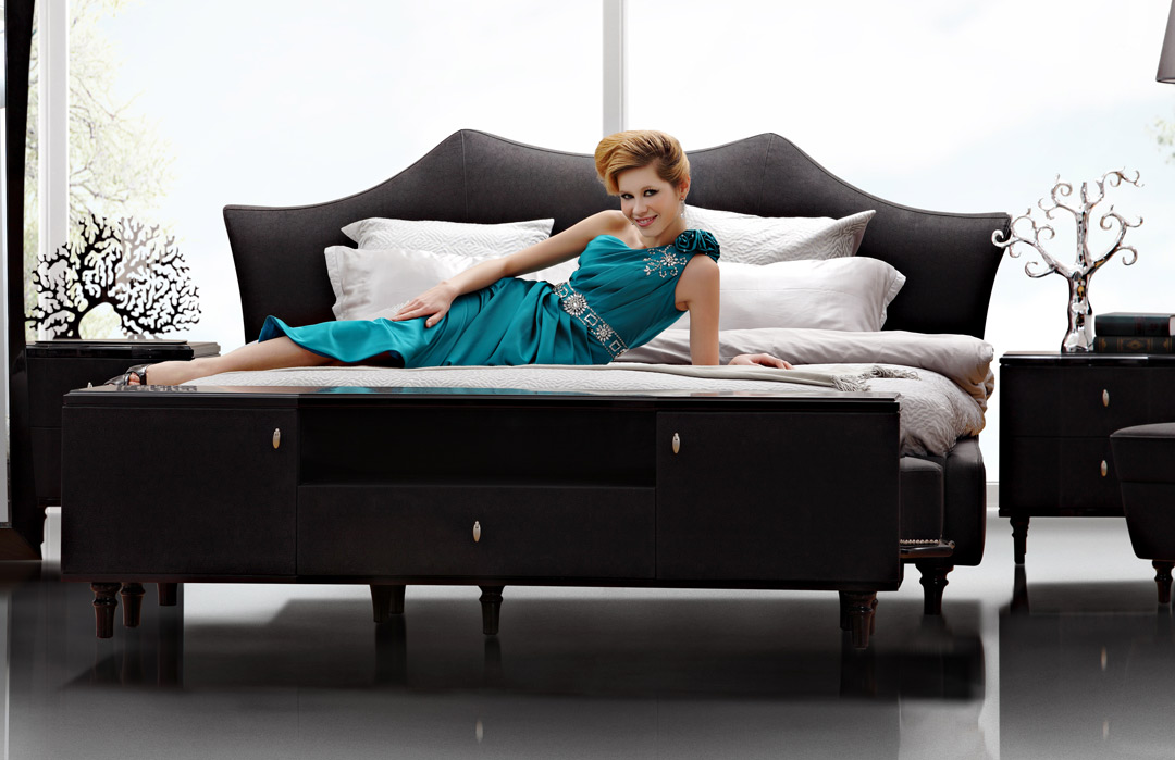 Enhancing Room Color For A Lively Home And How It Affects Your Mood: Glamour Night Modern Bed Collection By Vig Furniture
