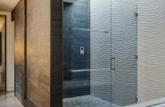 Stunning Inspirations For Home Renovation From Portola Valley House : Glass Shower Enclosure In California Home
