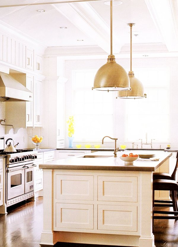 Brilliant Vintage Kitchen With Beautiful Lighting Ideas And Old Design: Glossy Range Hood Vintage Kitchen With Beautiful Lighting Ideas