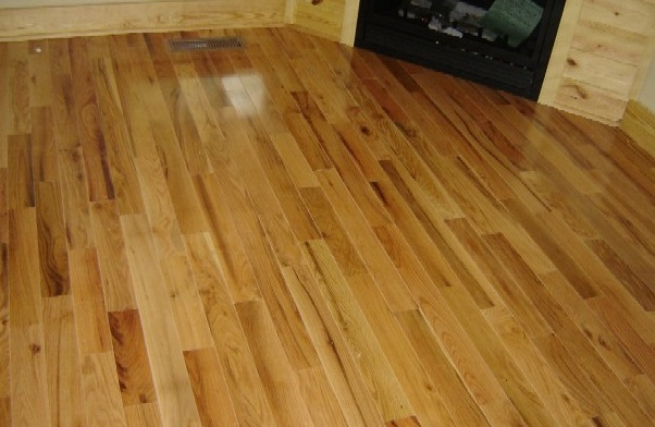 Flexible Red Oak Flooring For Any Theme Of Your House : Gorgeous Modern Style Red Oak Flooring Artistic Design Ideas