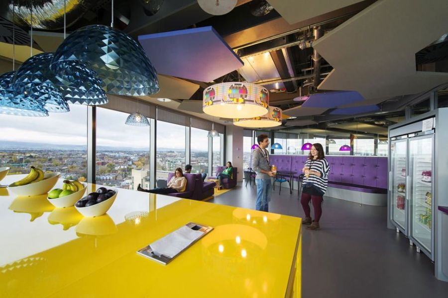 Futuristic College Campus Dominated With Glass Decoration : Gorgeous Pendant Lights At The Google Campus Glossy Yellow Table