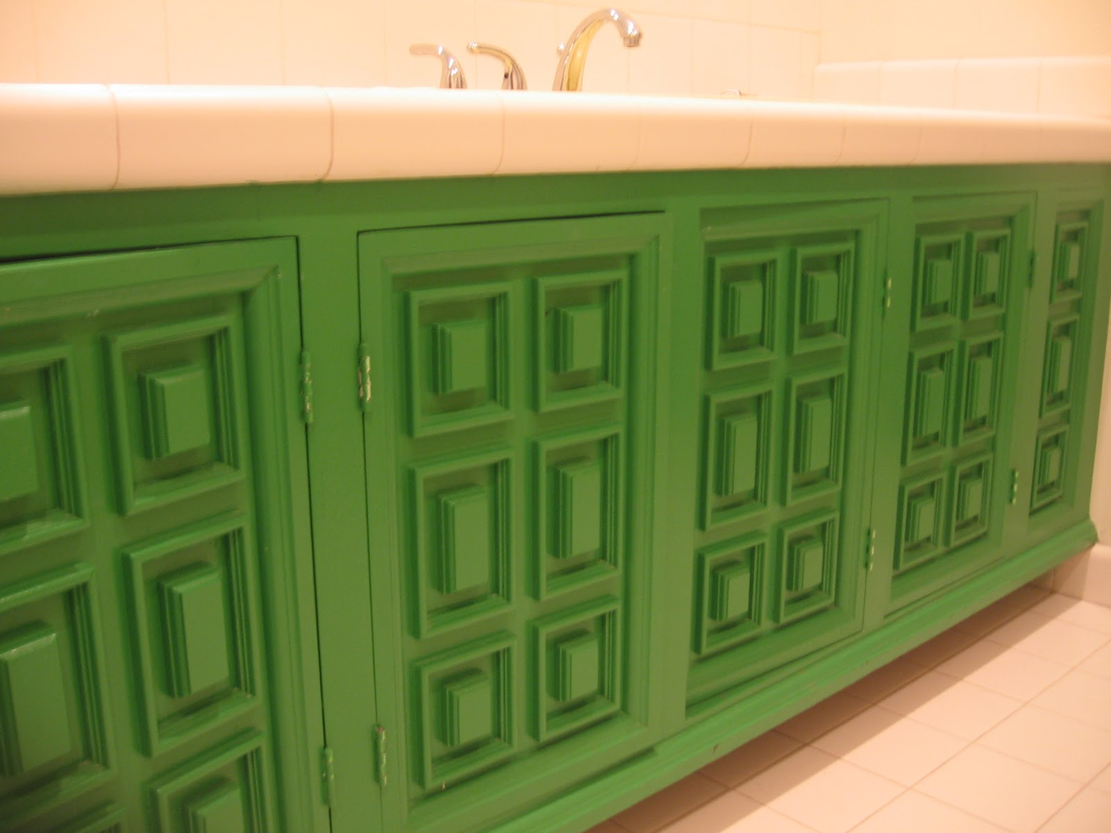 Bathroom Cabinet Ideas Creative Designs : Green Paint Color For Bathroom Cabinet Ideas