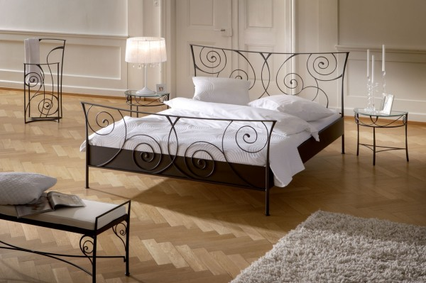 Elegant Wrought Iron Bed To Make Your Bed Looks More Beautiful: Hasena Romantic Cerello Solid Wrought Iron Bedside Table