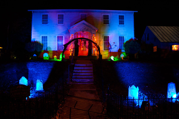 Halloween Light Effect Idea For The Halloween Event: Haunted House With Dark Path Through Halloween Graveyard ~ stevenwardhair.com Tips & Ideas Inspiration