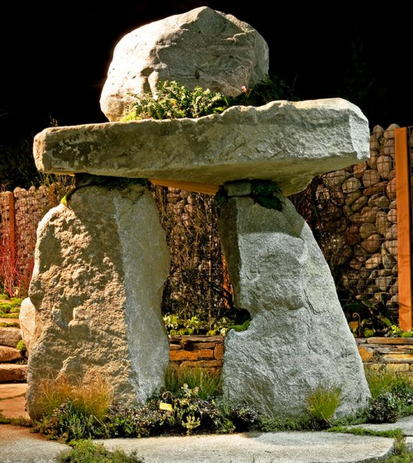 Garden Art Design Inspirations: 37 Astounding Ideas: Improvised Stonehenge For Your Garden
