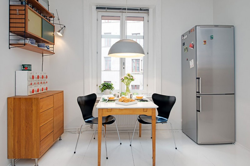 Fabulous Scandinavian House Design In Luxurious Design: Kitchen Breakfast Table