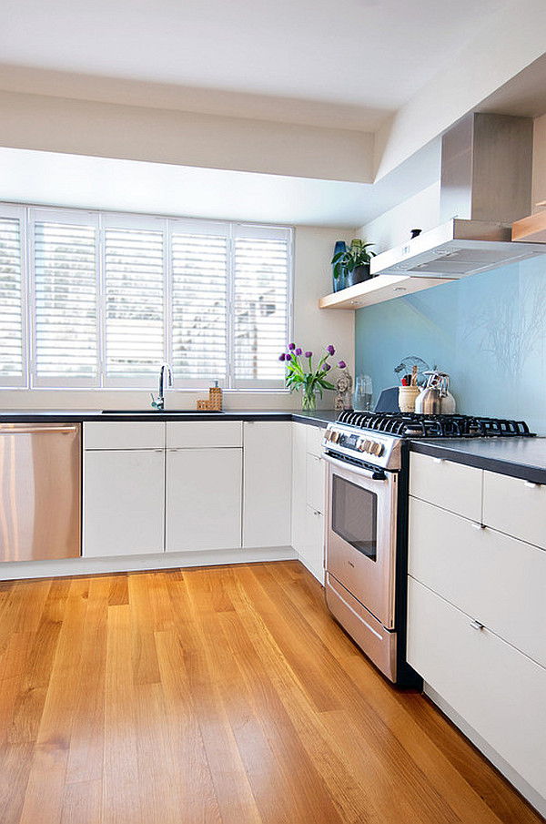 Do Up Your Interior With Indoor Shutters For Windows: Kitchen With Interrior Shutters