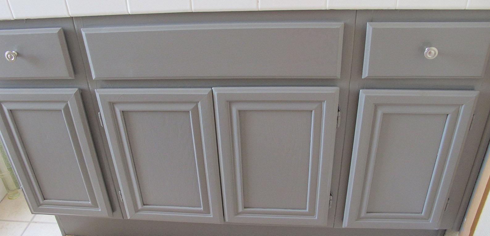 Bathroom Cabinet Ideas Creative Designs : Let The Bathroom Cabinet Dry After Paint