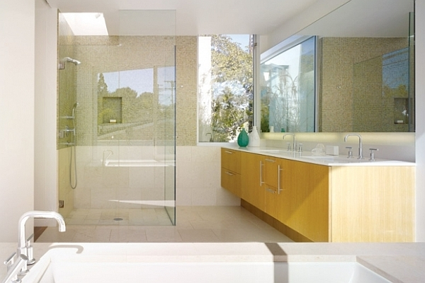 Elegant Bathroom Interior Design To Make Your Bedroom Feels Better: Light Colored Bathroom Interior With Glass Shower Door