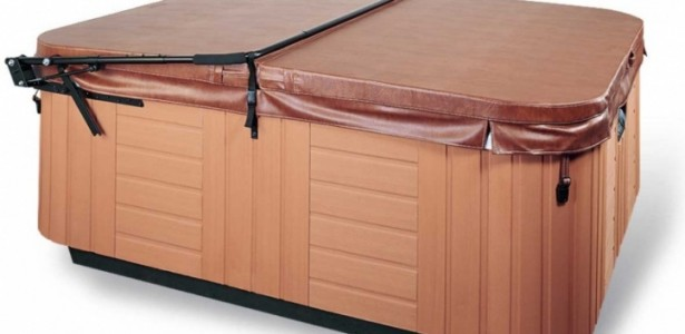 Practical Hot Tub Cover Lift Easy To Open And Close : Magnificent Brown Color Hot Tub Cover Lift Black Rope