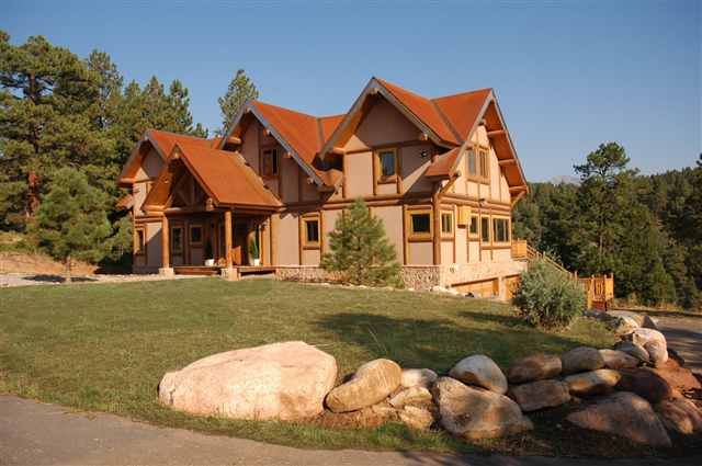 Beautiful Luxury Log Home Plans; Massive Beauty Of Woodwork: Marvelous Classical Luxury Log Home Plans Spacious Yard Design