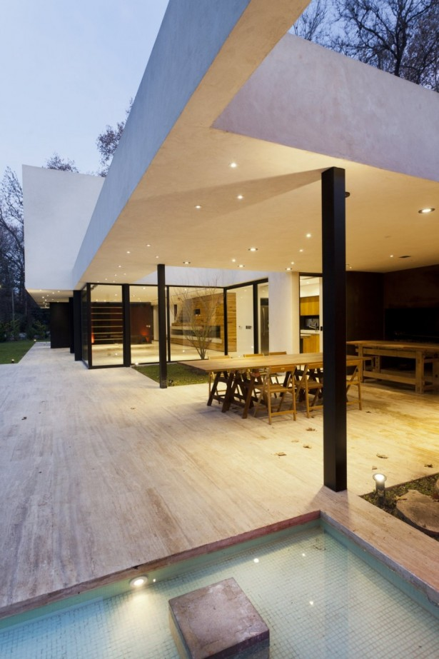 Unique Opulent Modern Getaway In Buenos Aires: Marvelous Outdoor Home Space With Outdoor Dining Room Furniture Made From Wooden Material ~ stevenwardhair.com Home Design Inspiration
