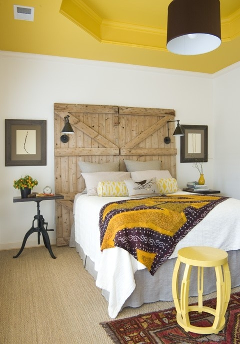 Modern Yellow Bedroom For Unique Resting Experience : Minimalist Bedroom With Yellow Painting Ceiling Theme