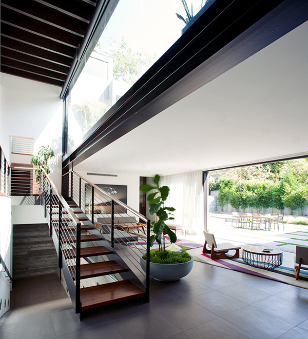 Exciting Living Space In Los Angeles With Amazing Environment: Minimalist Los Angeles Residence ~ stevenwardhair.com Tips & Ideas Inspiration