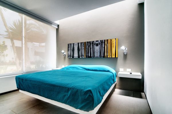 Seta House: An Extravagant House Design: Modern Bedroom Lima Peru