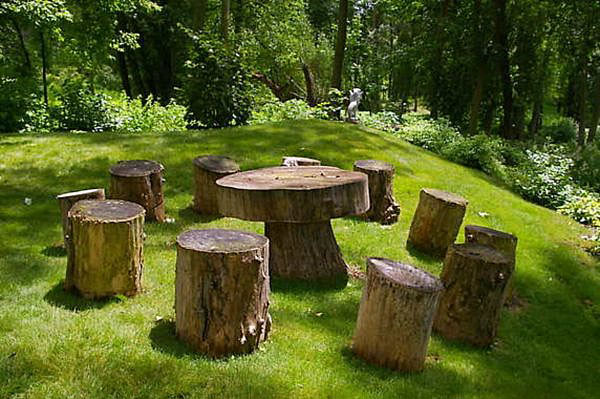 Encouraging Reclaimed Wood Stumps: Modern Tree Trunks Uses 8