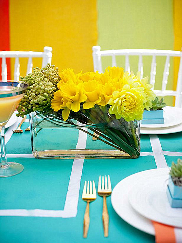 Centerpiece Of Dining Table To Create Inspiring Dining Room : Modern Yellow Floral Arrangement