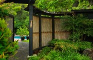28 Fascinating Japanese Garden Design Ideas : Natural Bamboo Fence Adds An Element Of Inimitable Style To This Garden