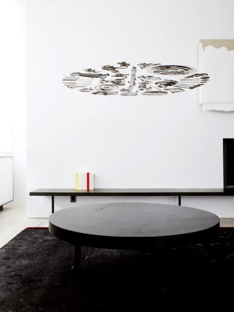 Minimalist Loft Apartment With Savvy Room Separator : Nice Of Circle Black Table In Tribeca House With Soft Carpet Also