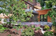 Interesting Outdoor Home Brings The Unusual Moment : Outdoor Home Mulch Landscaping