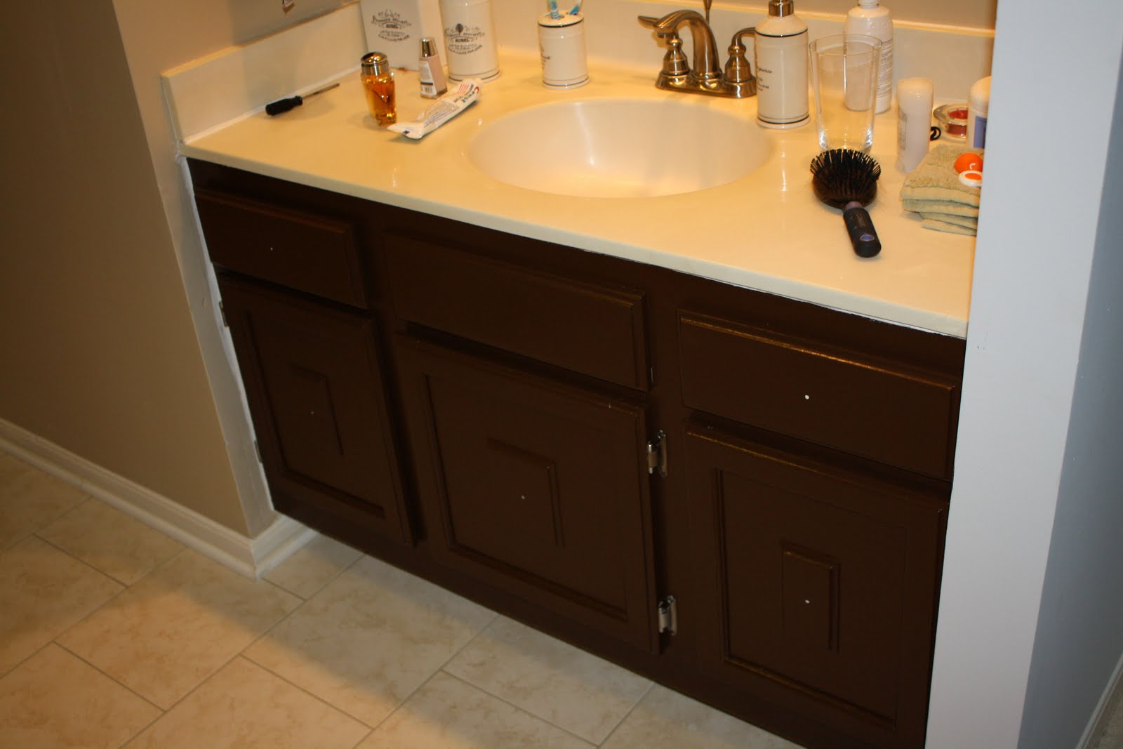 Bathroom Cabinet Ideas Creative Designs: Painting Brown Bathroom Cabinets