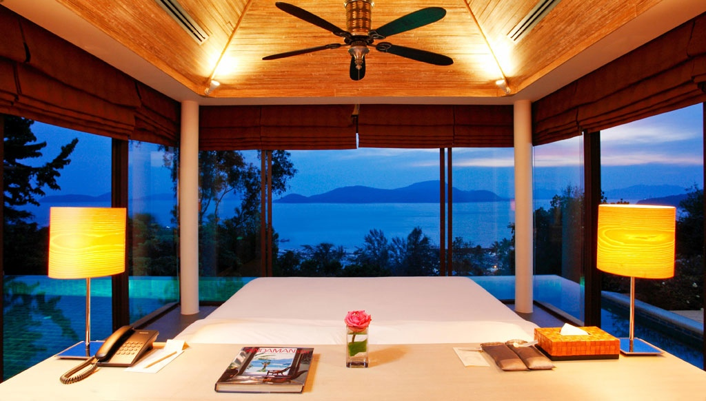 Poolside Bedroom: Waking Up In The Ocean : Panoramic Ocean View
