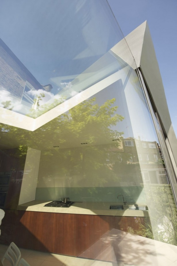 Modern Extension Room Between Old Residences: Passionate Modern Design In Out Side At Faceted House ~ stevenwardhair.com Villas Inspiration