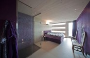 Elegant Contemporary House With Violet Bedroom : Private Steigereiland 2