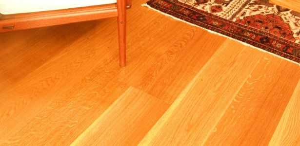 White Oak For Bedrooms : Quartersawn White Oak Wood Floor Close Up View