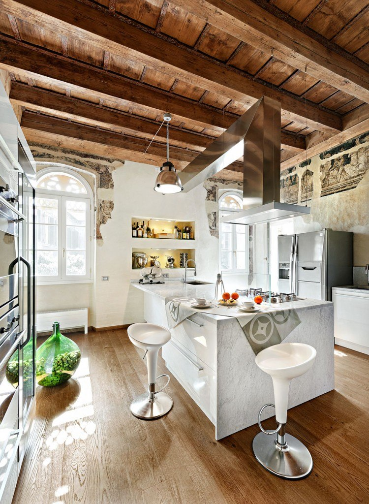 Make A Nice Culinary Space With These Kitchen Designs With Islands : Rustic Kitchen Island
