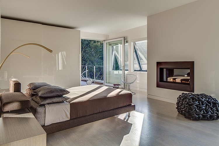 Stunning Inspirations For Home Renovation From Portola Valley House: Sculptural Additions To The Bedroom