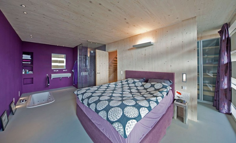 Elegant Contemporary House With Violet Bedroom: Sexy Purple Themed Steigereiland 2