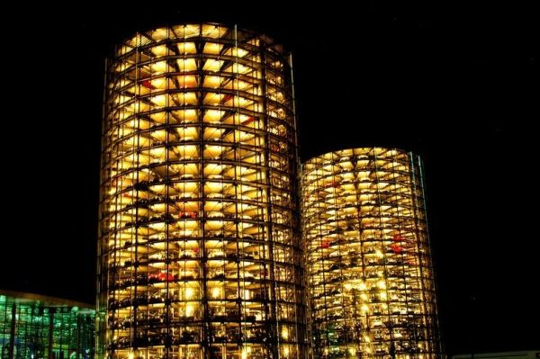 Awesome Parking Garage Designs; 11 Amazing Images : Silos At Autostadt