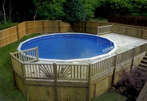Gorgeous Yet Safe Above Ground Pools With Decks In Round Shape : Simple Design For Above Ground Pools With Decks