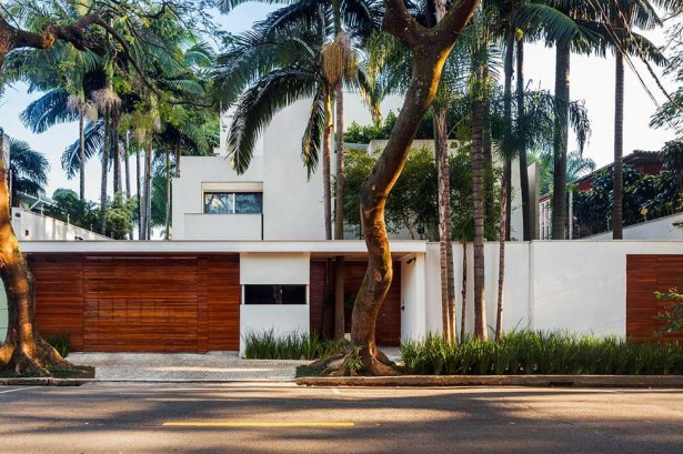 Luxurious Modern Home Design; Four Leveled House: Simple MG Residence Entrance With Wooden Doors And White Wall ~ stevenwardhair.com Modern Home Design Inspiration