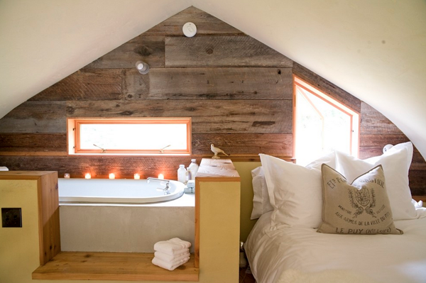 New Ideas For Bath Tub Design : Small Attic Bedroom Bathroom Design Showing Rustic Plank Wall