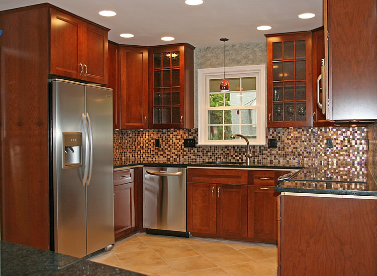 Simple Kitchen Remodel Ideas For Your Kitchen: Small Sectional Tile Backsplash Wooden Cabinets Kitchen Remodel Ideas
